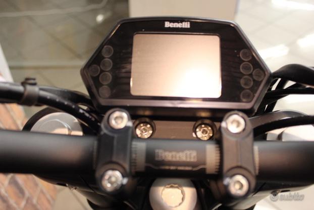 Benelli 502 C_08